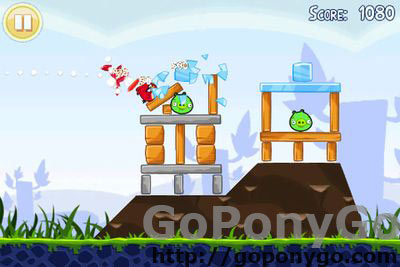 Angry Birds Free para iOS con 12 niveles adicionales
