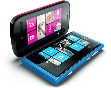 Precios y fechas de lanzamiento para España del Nokia Lumia 800 y Nokia Lumia 710